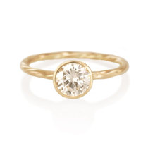 Old World Ring with Brilliant Cut Diamond