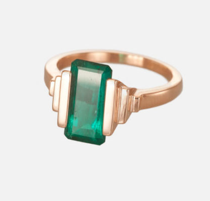 Custom Emerald Ring Side
