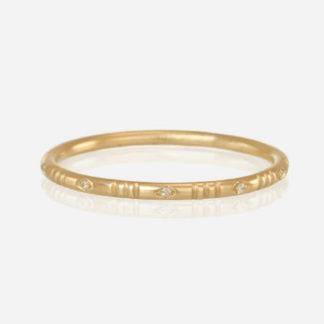 18k Yellow Gold Diamond Line Ring