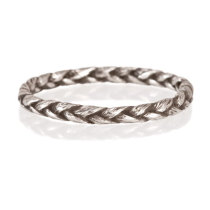 medium braid ring